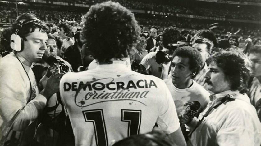 socrates-democracia-corinthiana_14o8q45xqkzkx16macy3t54k4t